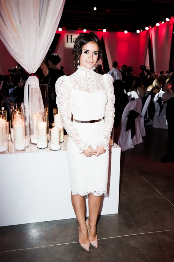 miroslava-duma-charity-white-lace1