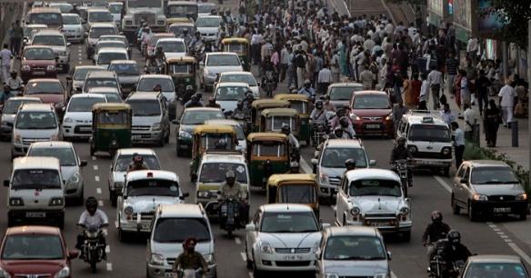 INDIA-nova-deli-transito-20101101-ap-G
