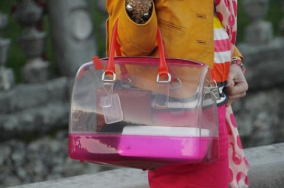 street-style-bolsa-transparente