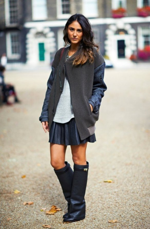 LONDON-FASHION-WEEK-STREET-STYLE-BLOGGER-SORAYA-BAKHTIAR-TOPSHOP-UNIQUE-DENIM-SLEEVE-JACKET-PLEATED-LEATHER-SKIRT-KNEE-HIGH-GIVENCHY-GLOVE-COLUMN-BOOTS-VIA-ELLE-MAGAZINE-