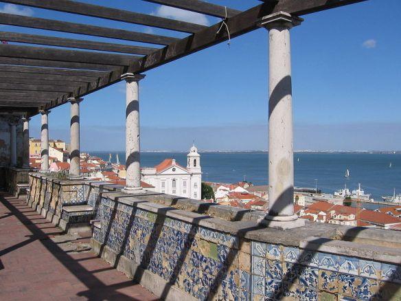 LisboaMiradouroSantaLuzia