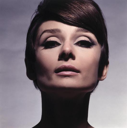 audrey-hepburn-colour-910880376